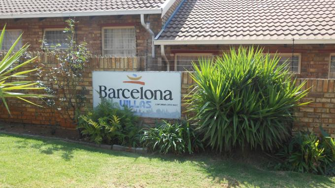 3 Bedroom Simplex for Sale For Sale in Noordheuwel - Private Sale - MR142331