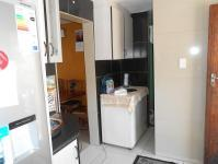 Kitchen - 10 square meters of property in Centenery Park