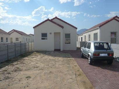 2 Bedroom Simplex for Sale For Sale in Strand - Home Sell - MR14238