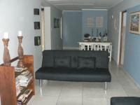 Lounges - 44 square meters of property in Stilbaai (Still Bay)