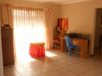 Dining Room - 26 square meters of property in Highveld