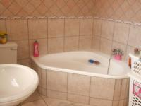 Main Bathroom - 8 square meters of property in Highveld