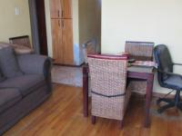 Lounges - 19 square meters of property in Parow Central