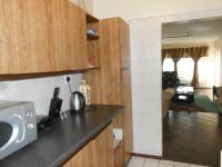 Kitchen - 11 square meters of property in Windsor