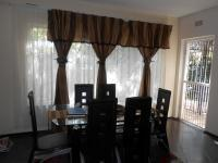 Dining Room - 13 square meters of property in Windsor