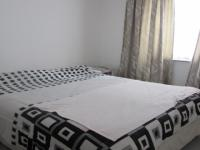 Bed Room 1 - 15 square meters of property in Rugby