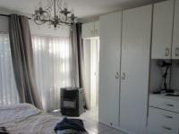 Bed Room 2 - 18 square meters of property in Rugby