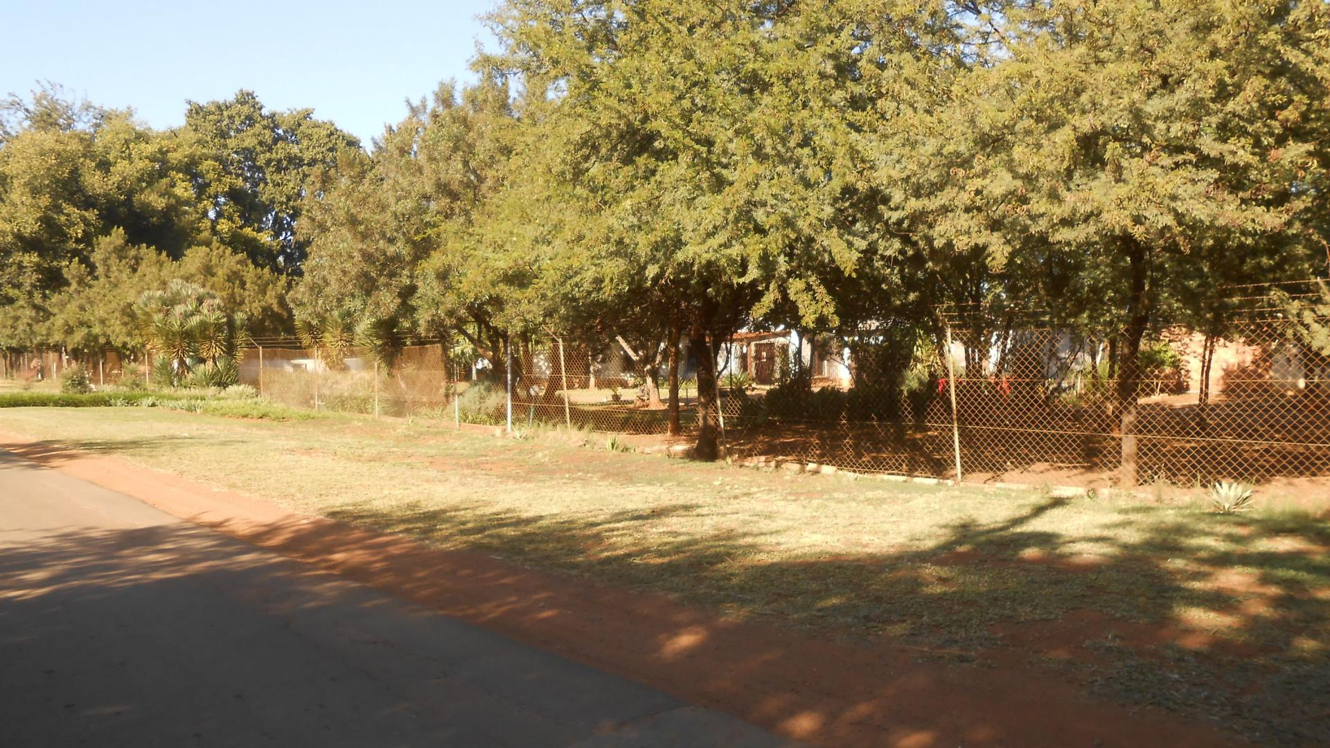 Front View of property in Kameeldrift