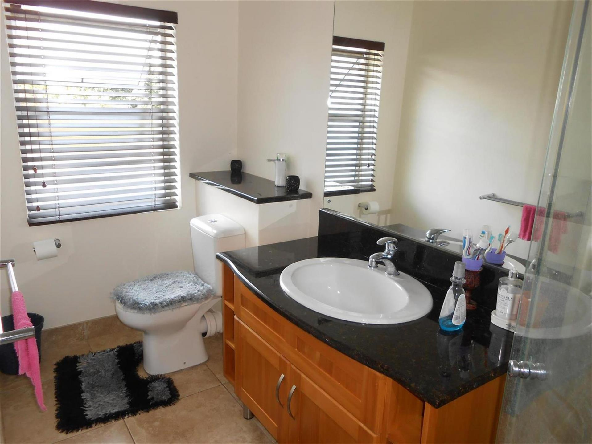 Bathroom 1   7 Square Meters Of Property In Pietermaritzburg (KZN)