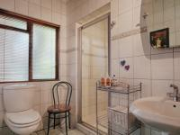 Bathroom 1 - 6 square meters of property in Woodhill Golf Estate