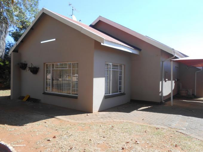 3 Bedroom House for Sale For Sale in Carletonville - Private Sale - MR142551