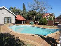 Entertainment - 42 square meters of property in Carletonville