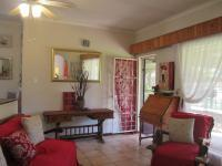 Lounges - 18 square meters of property in Meyerton