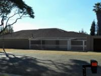 Front View of property in Glenvista