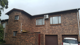 3 Bedroom 2 Bathroom Simplex for Sale for sale in Empangeni