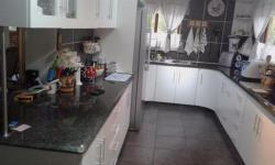 Kitchen - 27 square meters of property in Empangeni