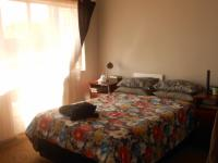 Main Bedroom - 18 square meters of property in Hennopspark