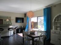 Dining Room - 24 square meters of property in Highway Gardens