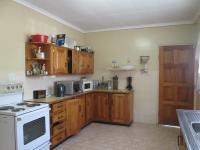 Kitchen - 16 square meters of property in Waldrift