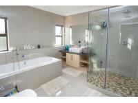 Bathroom 1 - 13 square meters