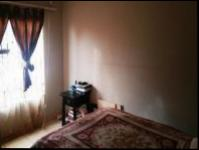 Main Bedroom - 13 square meters of property in Dawn Park