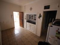 Kitchen of property in Albertville