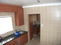 Kitchen - 11 square meters of property in Three Rivers