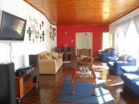 Lounges - 28 square meters of property in Mindalore