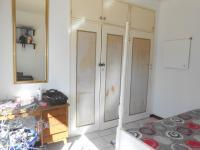 Bed Room 1 - 15 square meters of property in Mindalore