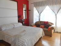 Main Bedroom - 32 square meters of property in Mindalore