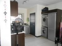 Kitchen - 10 square meters of property in Fourways