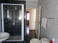 Bathroom 1 - 10 square meters of property in Lenasia South