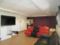 TV Room - 42 square meters of property in Delmas