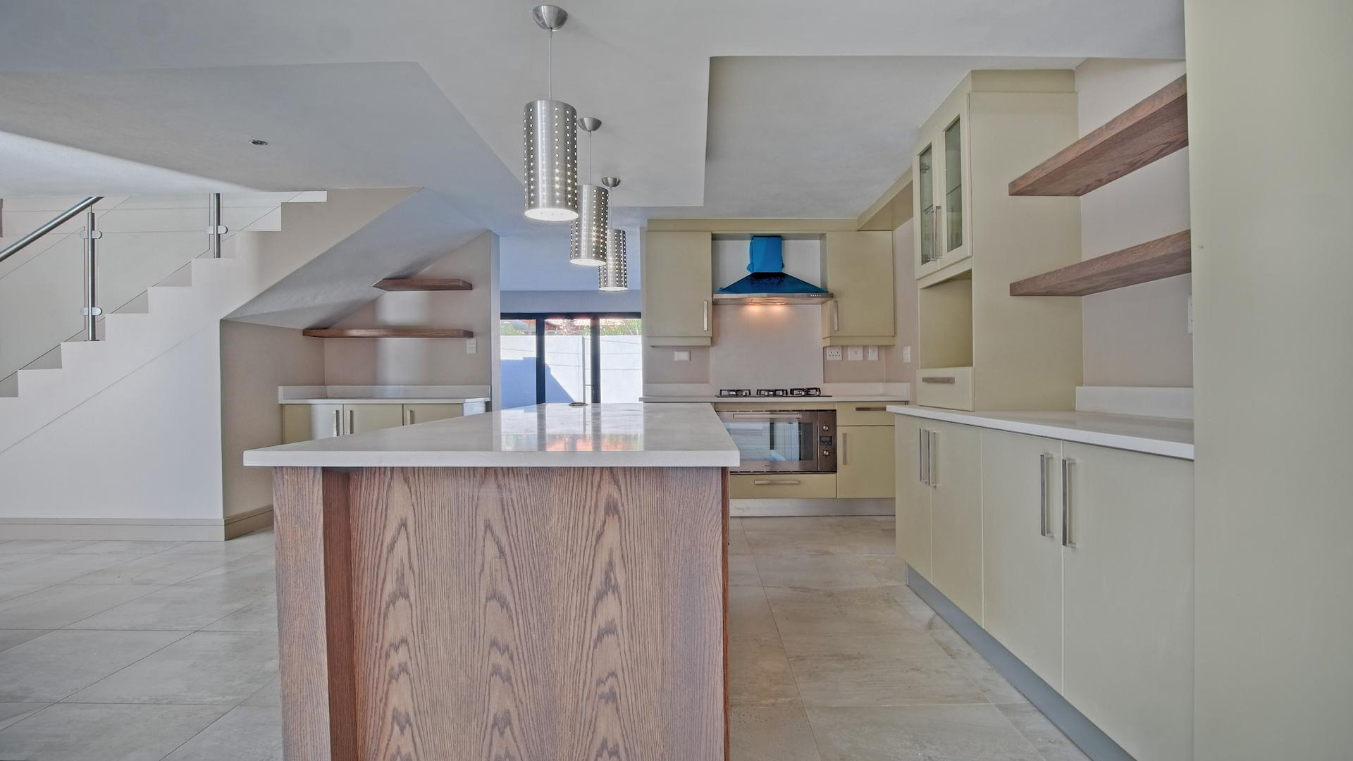 Kitchen - 27 square meters of property in Silver Lakes Golf Estate