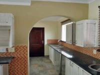 Kitchen - 21 square meters of property in Kengies