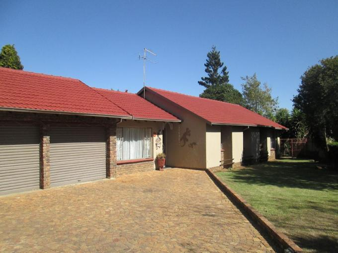 4 Bedroom House for Sale For Sale in Crystal Park - Private Sale - MR142954