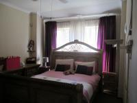 Main Bedroom - 17 square meters of property in Crystal Park