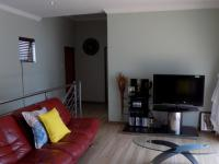 TV Room - 28 square meters of property in Raslouw