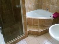 Bathroom 2 of property in Vosloorus