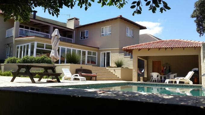5 Bedroom House for Sale For Sale in Hermanus - Home Sell - MR143007