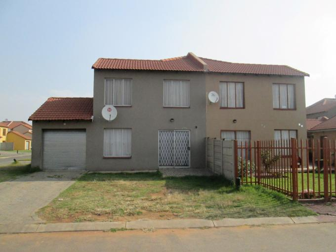 2 Bedroom Duplex for Sale For Sale in Vanderbijlpark C.E. 4 - Home Sell - MR143028