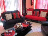 Lounges of property in Mossel Bay