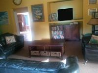 Lounges - 37 square meters of property in Lydenburg