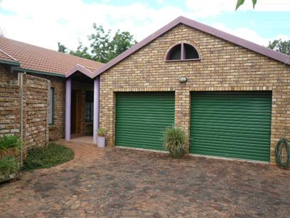 3 Bedroom House For Sale in Waverley - Home Sell - MR14307
