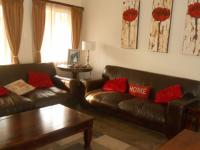 Lounges - 20 square meters of property in Faerie Glen