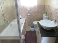 Main Bathroom - 5 square meters of property in Three Rivers