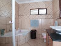 Bathroom 2 - 10 square meters