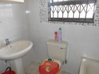 Bathroom 1 - 5 square meters of property in Lenasia South