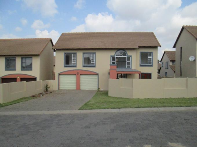 3 Bedroom Cluster for Sale For Sale in Glenmarais (Glen Marais) - Private Sale - MR143313