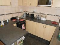 Kitchen - 12 square meters of property in Palmview